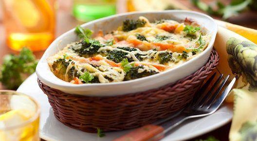 Somon ve brokoli soslu erişte 1 yaş ve sonrası