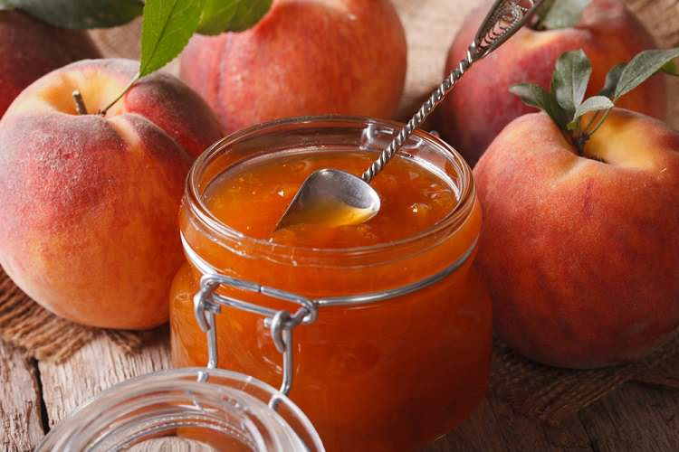 Şeker ilavesiz şeftali marmelatı 8 ay ve sonrası çocuklar için
