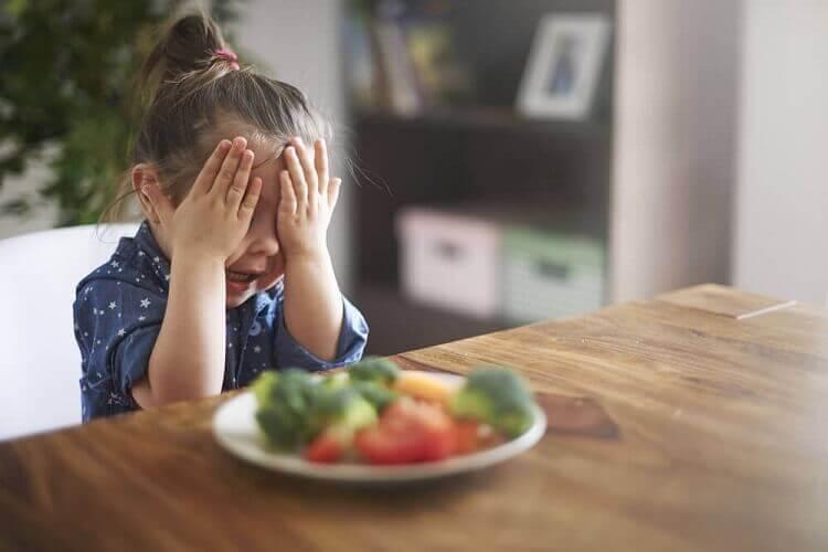 1 - 6 yaş çocuk beslenmesi nasıl olmalı