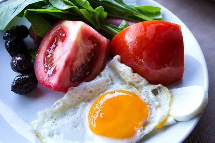 1 yaş üstü çocuklar için 5 kolay kahvaltı tarifi