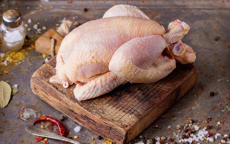 Tavuk eti saklama ve pişirme koşulları sağlığınız için önemli!