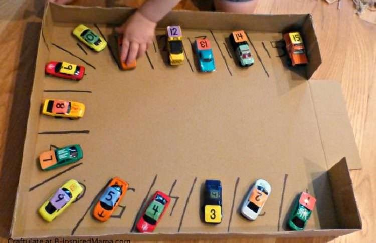 0 - 3 yaş bebek ve çocuklar ile evde oynanabilecek oyunlar