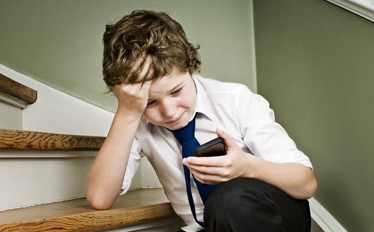 Çocuğunuzu siber zorbalıktan nasıl koruyabilirsiniz?